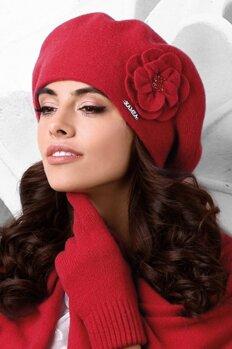 b74fa8704 Červená luxusná elegantná dámska baretka na zimu s kvetom Kamea Vicenza