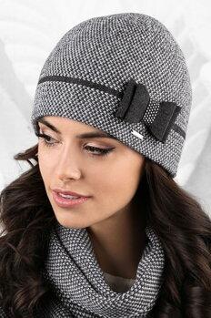 2b1f87226 Grafitová elegantná dámska čiapka na zimu s mašličkou Kamea Bolonia
