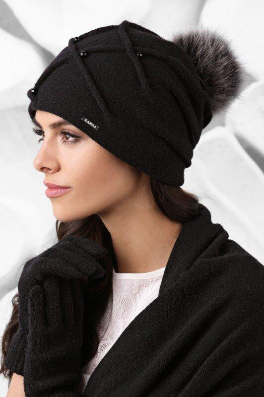 f1b20b7b4 Bordová dámska čiapka Kamea Marsala Čierna luxusná dámska čiapka na zimu s kožušinovým  brmbolcom Kamea Marsala