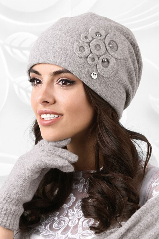 4f6923175 Šedá dámska luxusná čiapka na zimu Kamea Nicea