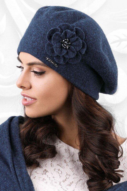 a5a0c6f2d Tmavomodrá luxusná elegantná dámska baretka na zimu s kvetom Kamea Vicenza